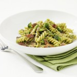 Pasta Med Broccolisaus, Kylling og Bacon